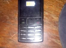 Nokia X2 بحالة ممتازة جدا و معاه شاحن اصلي بحالة 100%