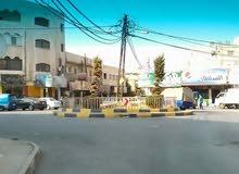 محل تجاري للبيع (تمليك) في موقع مميز بمدينة إربد