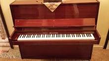 الأ موسيقيه بيانو اثري