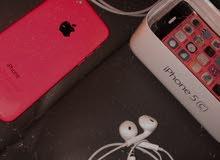 ايفون 5c زهري بحالة جيدة للبيع