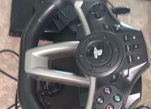 عجلة قياده للسوني بحالة ممتازه جدا ونضيفه واستعمال خفيف