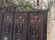 منزل للبيع مساحته 750م في عين وارة بلقرب من جامعة ناصر