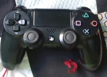 يد سوني PS4 بحالة الجديد