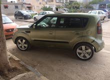 Used condition Kia Soal 2010 with  km mileage