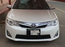 أنا شاب يمني لدى سياره توصيل طالبات وجامعات
