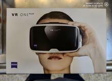 للبيع جهاز نظارات واقع افتراضي ZEISS VR ONE PLUS