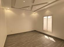 شقه جديدة للبيع 7 غرف 320م حي الصفا جدة على شارع عبدالله الشربتلي