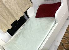 سرير مستعجل للبيع