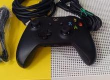 Xbox One S / 1TB