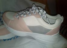الحذاء رائع للبنات Gorgeous shoes for girls