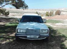 Mercedes Benz E 200 1982 For sale - White color