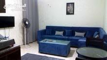 شقة مكونة من استديوهين في الجبيهه شارع الجامعة