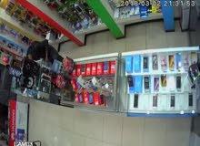 محل خلويات للبيع بكامل معداته بسعر مغري في مكان مناسب جدا على شارع تجاري ذا اطلا