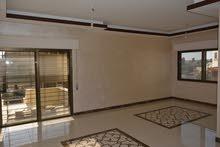 شقة أرضية 100% مساحتها 150م  مع ترس امامي فاخرة في عرقوب خلدا للبيع ب 95000