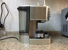ماكينه صنع قهوه اسبريسو والكابتشينو نوع ديلونجي