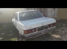 White Mercedes Benz E 200 1978 for sale
