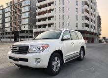 Toyota Land Cruiser GXR 2013 (White)