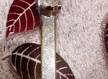 دوايت حبر نحاس كانت تستخدم في قديم الزمان يوضع فيها الحبر والريشة