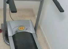 جهاز مشي رياضي (تردمل)