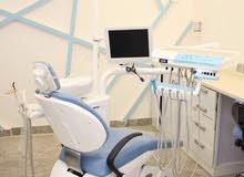 مطلوب طبيب اسنان عام وطبيبة اسنان اختصاص تقويم وطبيبة اسنان عامه