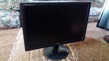 ثلاث شاشات وكاله بمعنى الكلمه حجم 19 للكميرات والكمبيوتر
