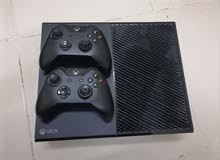 Xbox One 500Gb,Two Controllers,Fifa 17
