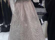 فستان للبيع للجادين