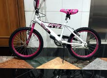 """kids bike from Toys """"R"""" Us shop for age   4 to 9 years"""