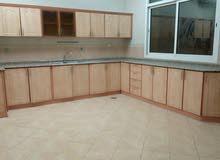 إستيديو عبارة عن غرفه ممتازة حمام ممتاز  مطبخ الفيلا الرئيسي مع حوش خاص للإيجار في مدينة خليفة أ
