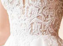 فستان عروسة مقاس سمول للبيع