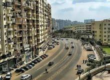 شقه للبيع فى احمد ماهر الرئيسى وتطل على شارع ساميه الجمل الرئيسى