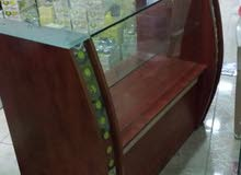 كاونتر زجاجي للبيع بسعر 45 دينار