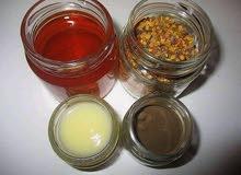 العسل الحر بجودة عالية وبأثمنة مناسبة إضافة الى أملو بجميع أنواعه