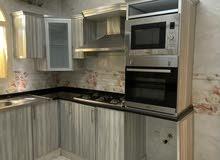 للايجار شقة سوبر ديلوكس غرفتين وصالة وغرفة صغيرة في الشامخة