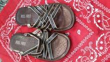أحذية رجالية و ولادية بشكل أنيق و مميز