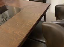 طاولة طعام مع ستة كراسي dining table with six chairs