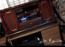 مكتبه للبيع مستعجل السعر 100 خشب
