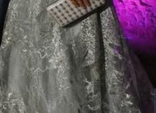 فستان سهرة للبيع لون اخضر فاتح جديد