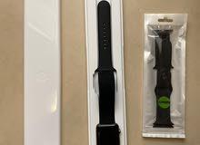 ساعة ابل الذكية .Apple smart watch