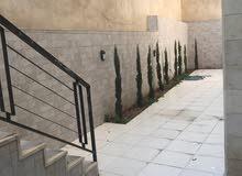 شقة مفروشة فاخرة للبيع في عبدون 110م مع حديقة وترسات 120م