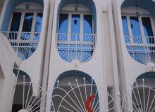 مبني سكني للايجار ك(عیادة او شركة او مدرسة خاصة ) شارع مطعم تقسیم السیاحیة
