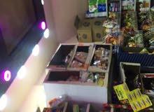 سوبر ماركت مجهز بالكاملً مقابل مدرسه  إناث عمر المحلً 12 سنه