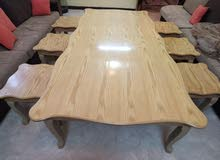 طاوله كبيره مع 6 طاولات خدمة