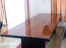 طاولة اجتماعات مستعمله للبيع