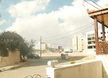 شقة طابقية للبيع في ضاحية الاستقلال -قرب مستشفى حمزة - بالأقساط دون فوائد