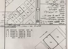 ارض سكنية بها جميع الخدمات، في ولاية البريمي خلف معسكر الجيش