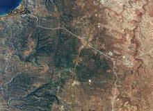 أرض للبيع قرب مطار الابرق