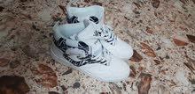new good quality shoe sneakers size 43 ...جوتي جديد للطلعات قياس 43