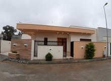 منزل للبيع عين زارة بالقرب من سيمافرو زويتة.