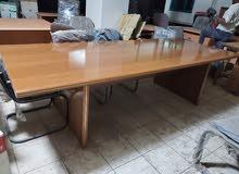 للبيع طاولة اجتماعات صناعة ايطالية